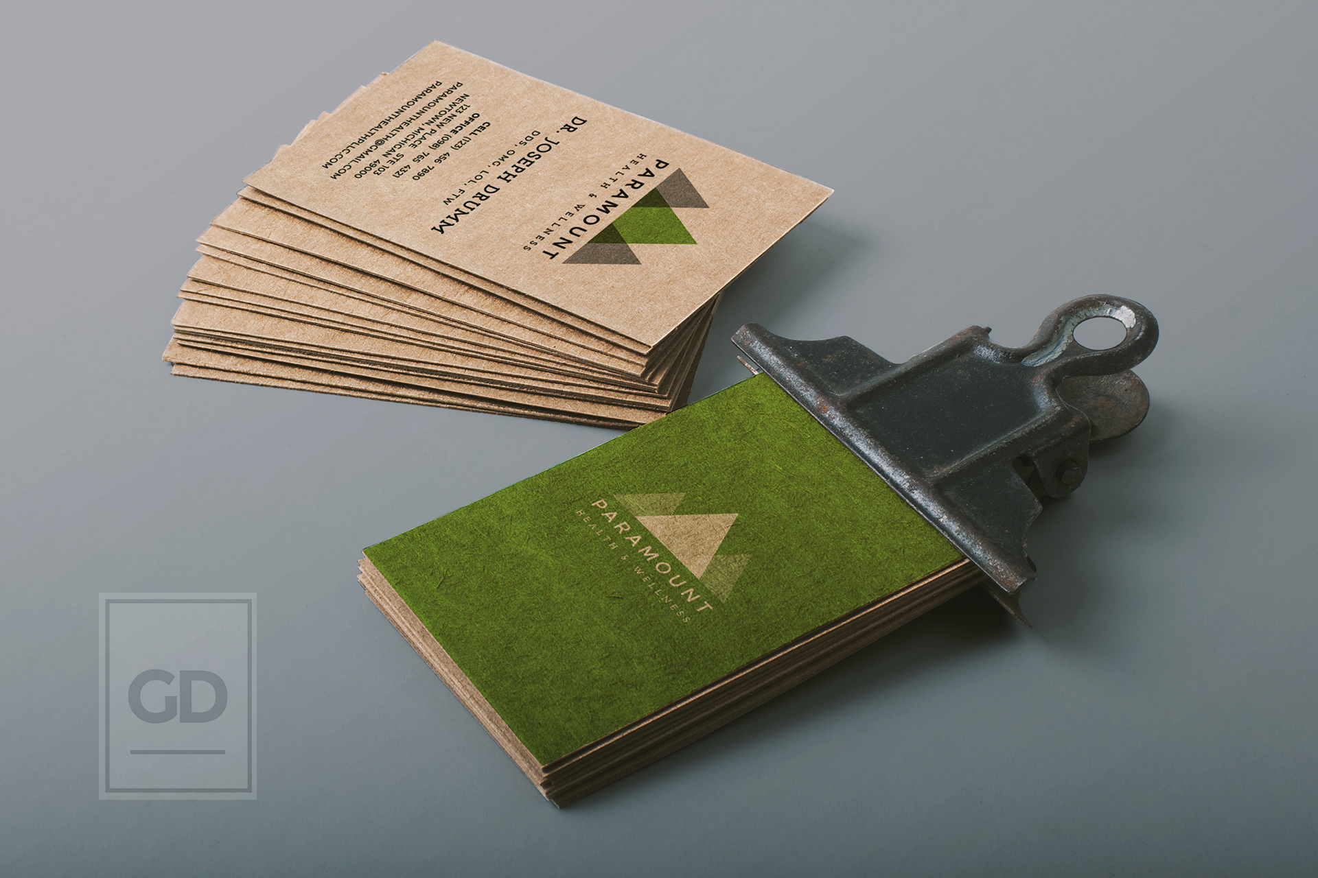 Paramount logo business card hey there im gabriel loading reheart Images